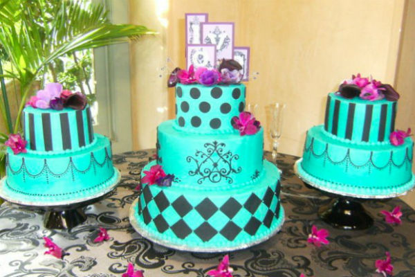 http://www.ocwedding.org Aqua On Table Wedding Cake Ideas Bakery Orange County Wedding Cakes