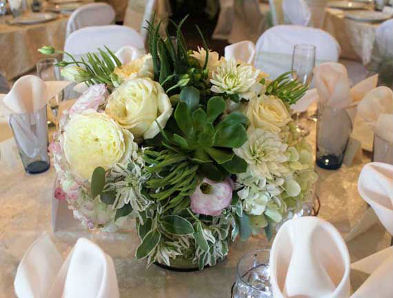 http://www.ocwedding.org/ Enchanted Florist Orange County Wedding Flowers