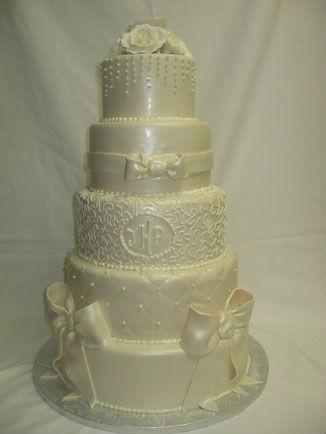 creative cakes wedding cakes in the city of orange ca