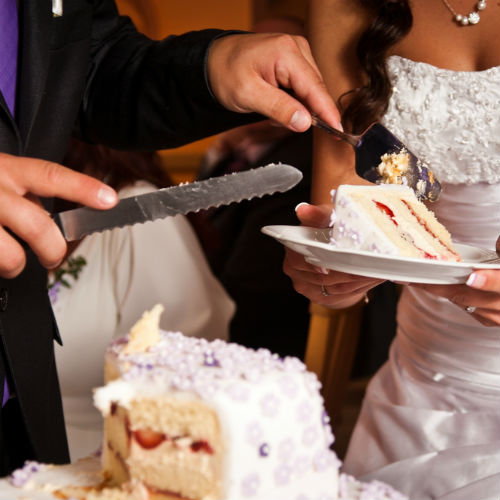 Steps For Properly Cutting A Wedding Cake Venues In Orange County